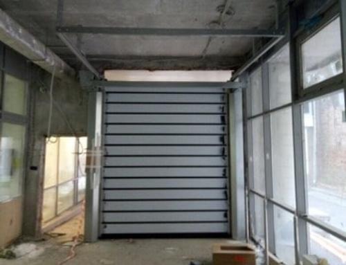 Установка высокоскоростных ворот для больницы