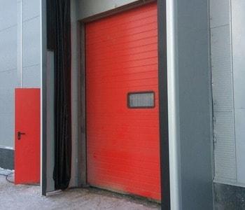Промышленные ворота и надувные герметизаторы Хёрманн для Спар